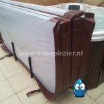 Spa cover lift basket